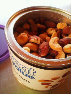 blues of nuts。